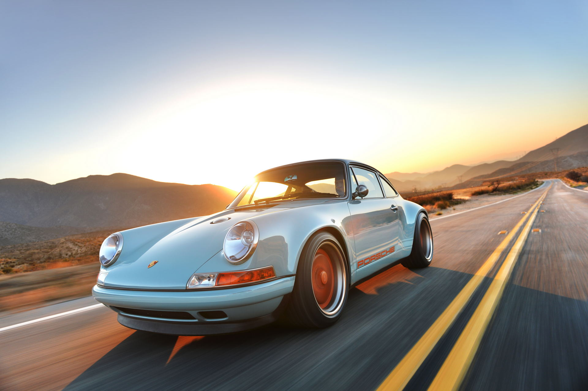 singer-911-racing-blue-60